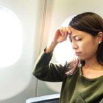 đau đầu khi đi máy bay nên mua bịt tai chống ồn tốt