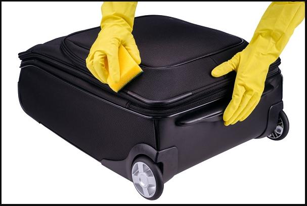 vệ sinh vali